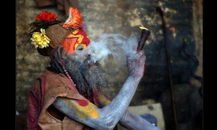 Tutunul – calea initiatilor spre cunoastere