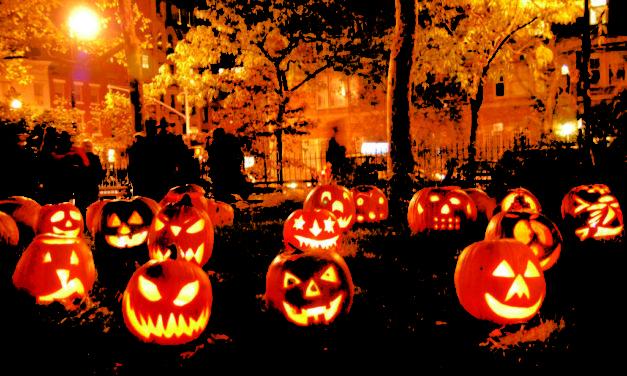 Halloween, monstri, vrajitoare si istorii bantuite
