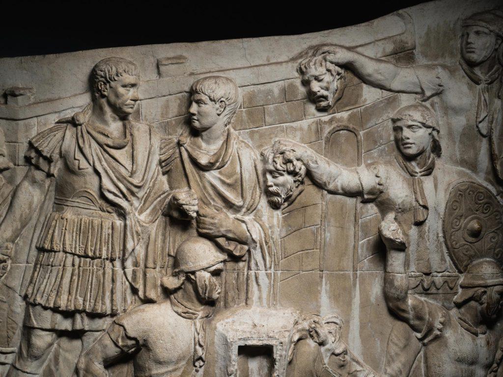 scene Decebal si Traian Dacii si romanii - Jurnal de razboi