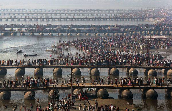 Marele pelerinaj hindus Kumbha Mela