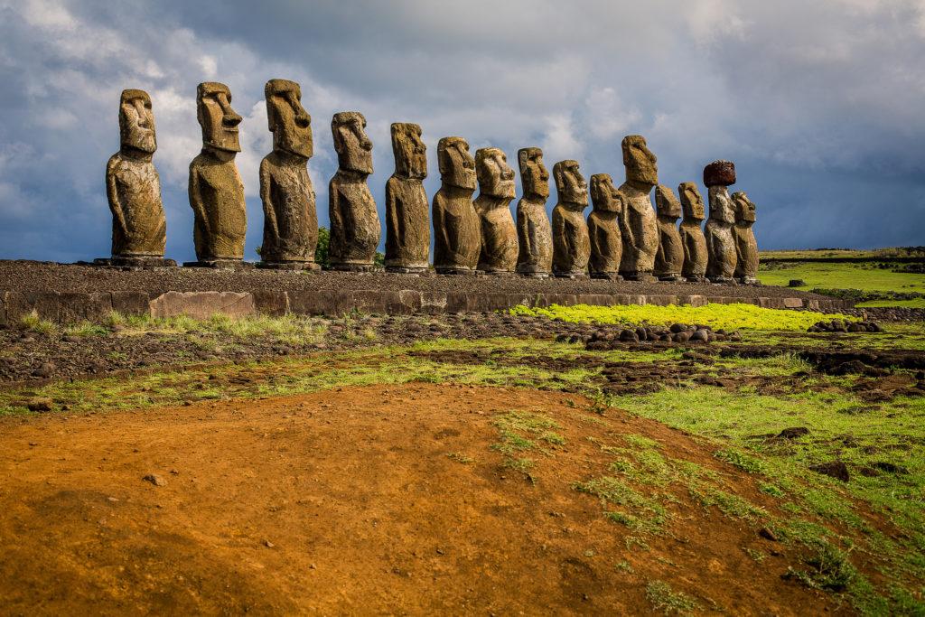 Moai Rapa-Nui Insula Pastelui