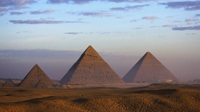 piramidele-nu-au-fost-construite-de-sclavi