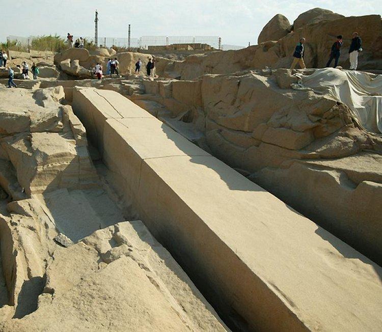 Cele mai mari constructii antice neterminate din lume