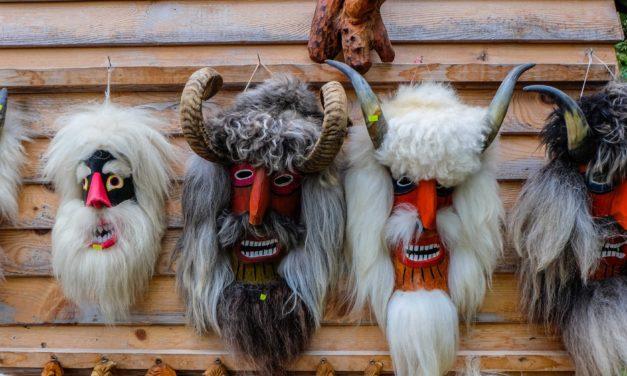 Top 10 cele mai ciudate sarbatori romanesti