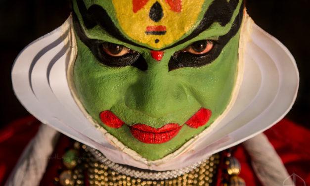 Istoria teatrului – originea lumii in povesti