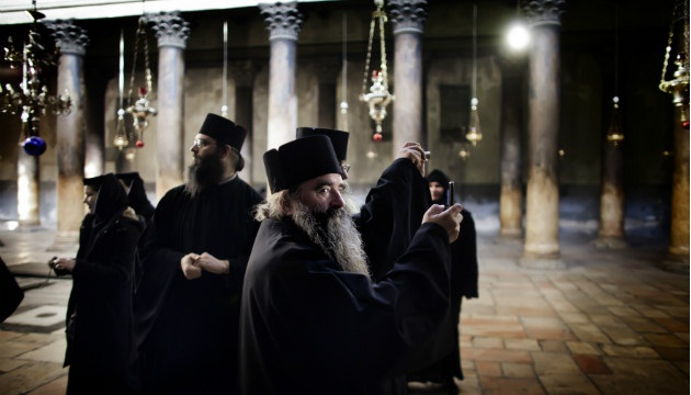 120606045533 bethlehem church nativity monks horizontal gallery1