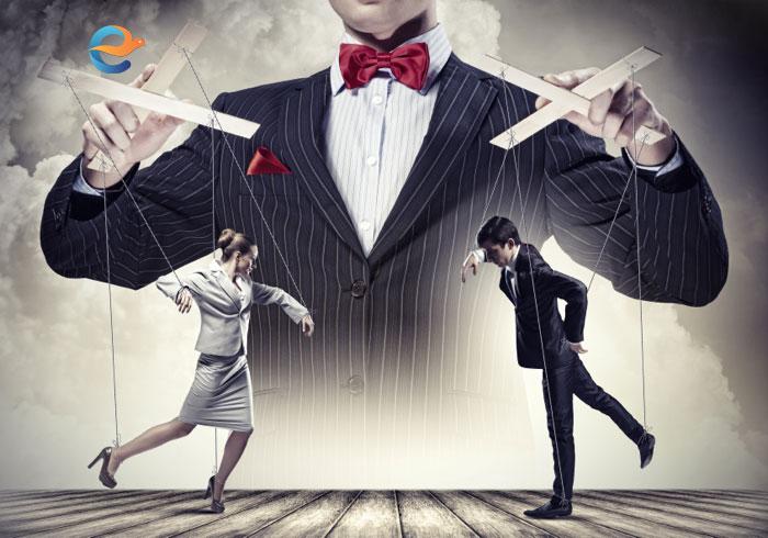 Conditionare psihologica, manipulare si razboi psihologic | Mythologica.ro