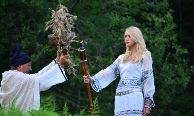 Zeitele din mitologia dacilor: Bendis si Kotys